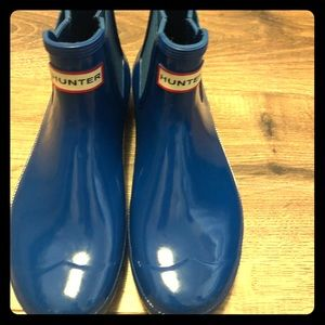 Chelsea Hunter Gloss Boots